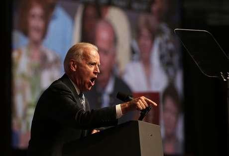 El vicepresidente recibió una ovación durante su discurso ante la NAACP. Foto: Getty Images