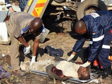 Al menos 24 personas resultaron heridas, algunas en estado crítico. Foto: EFE en español