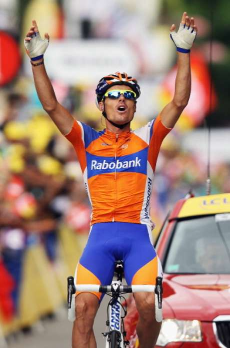 Luis-Leon Sanchez of Spain and the Rabobank Cycling Team celebrate winning stage 14 of the 2012 Tour de France from Limoux to Foix on July 15, 2012 in Foix, France. Foto: Getty Images