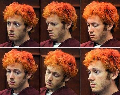 Las mil caras de James Holmes durante su primera aparición luego de la masacre. Foto: AP