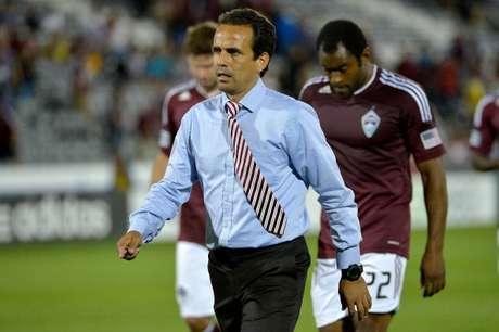 Óscar Pareja, decepcionado, tras una de las derrotas de los Rapids. Foto: Getty Images