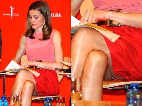 Un paparazzi captó la imagen en la que la princesa Letizia Ortiz muestra su ropa íntima. Foto: Reproducción