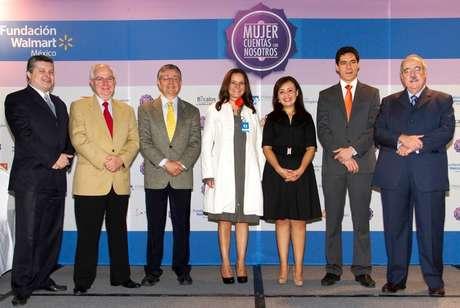Fundación Walmart de México y aliados darán capacitación a 25,000 mexicanas para iniciar un negocio o para mejorar su grado académico. Foto: Cortesía / Terra