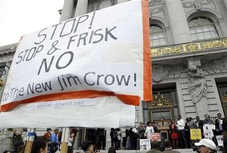 Los hispanos son los principales afectados por la entrada en vigor de esta legislación. Foto: AP