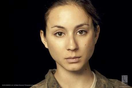 """Imagen de """"Lauren"""", protagonista de la nueva serie de WIGS que se transmitirá por YouTube donde se abordará el tema del abuso sexual en el ejército de EEUU.  Foto: Kayt Jones / AP"""