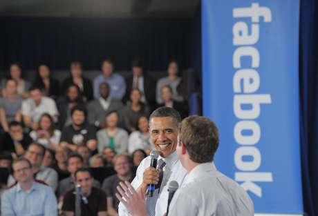 Obama realizó una asamblea comunitaria con el fundador de Facebook, Mark Zuckerberg. Foto: Getty Images