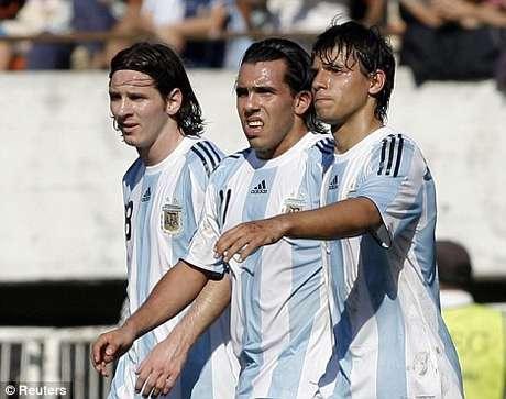 Messi, Aguero y Tévez, entre los argentinos más ricos. Foto: Archivo