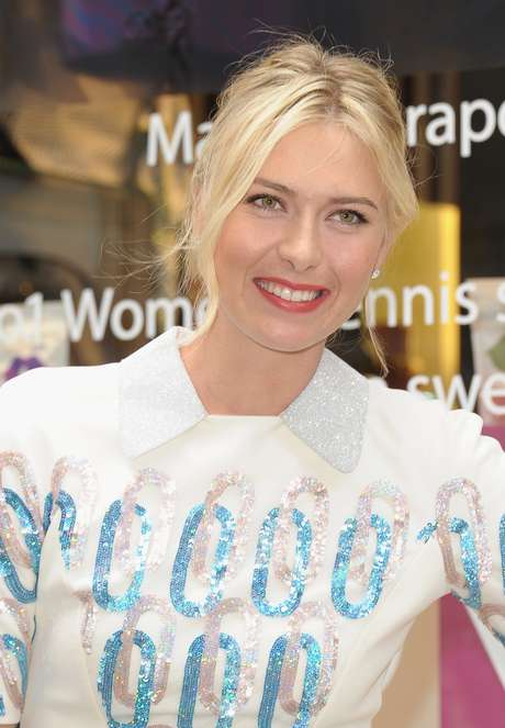 Professional tennis player Maria Sharapova appears for her Sugarpova candy launch at Henri Bendel on August 20, 2012 in New York City. Foto: Getty Images