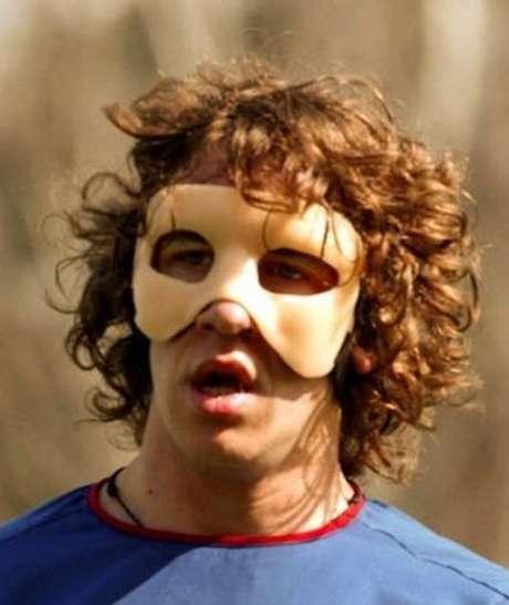 Será la tercera vez que Puyol use una máscara protectora Foto: AP