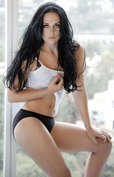 Zuria Vega hace su sesión fotográfica más sensual. Foto: Cortesía Open