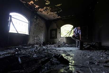 Así quedó el interior del Consulado norteamericano en Bengasi, tras el atentado del martes donde murió el embajador, Christopher Stevens. Foto: AP