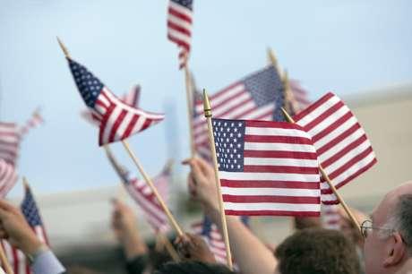 Mitt Romney y Barack Obama tienen visiones opuestas sobre el presente de la Nación. Foto: THINKSTOCK