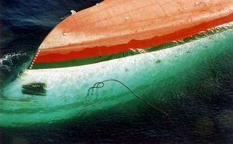 El desastre, uno de los peores accidentes marítimos de la historia, cobró 1.863 vidas, 361 más que las víctimas del naufragio del Titanic, ocurrido en 1912. Foto: AP