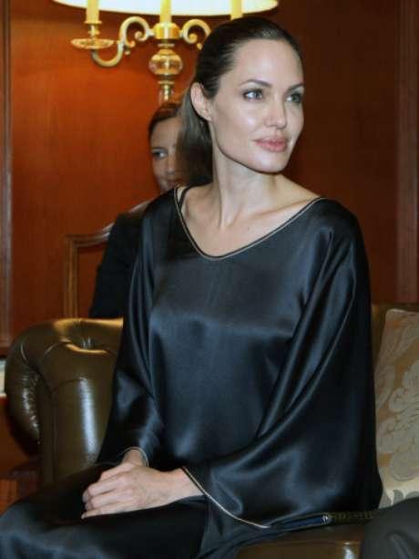 Angelina Jolie en su último viaje a Turquía como Embajadora de Unicef. En esta visita oficial saltaron las alarmas de su débil estado de salud. Foto: Gtres