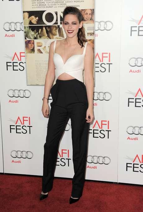Kristen Stewart asume que no se librará de la fama Foto: AP