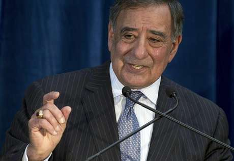 U.S. Defense Secretary Leon Panetta speaks during a news conference following meetings as part of the Australia-United States Ministerial Consultation (AUSMIN) at the State Reception Centre in Kings Park in Perth November 14, 2012. Foto: Saul Loeb / Reuters