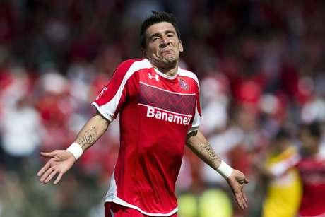 Édgar Benítez marcó un valioso gol que cambió el 'momentum' de la eliminatoria. Foto: Mexsport