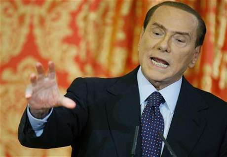 Foto de archivo del ex primer ministro de Italia, Silvio Berlusconi, durante una conferencia de prensa . Foto: Alessandro Garofalo / Reuters