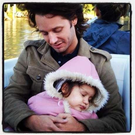 Blanquita Vicuña Ardohain falleció el 8 de septiembre de 2012. Esta fotografía la publicó su padre Benjamín Vicuña en su twitter personal. Foto: Reproducción