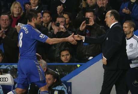 Chelsea enfrenta al Norwich el miércoles, después de haber vapuleado 8-0 al Aston Villa, y el español no da el título por perdido. Foto: EDDIE KEOGH / REUTERS