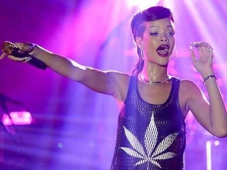 Rihanna también fue recordada en 2012 por realizar su gira exprés, '777'. Foto: AFP