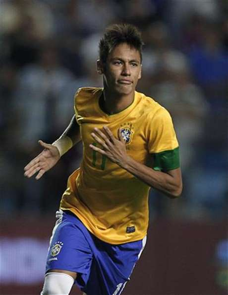 Barcelona recognized the team's interest in signing the Brazilian star when he is ready to leave Santos. Foto: Enrique Marcarian / Reuters
