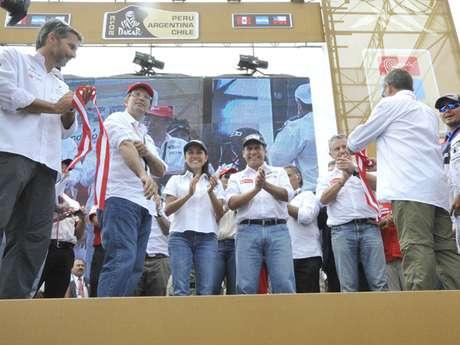 El presidente Ollanta Humala manejó su propio auto hasta la partida Foto: Andina