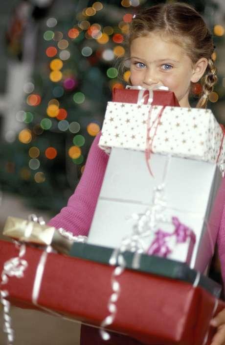 La época de regalos genera mucha ansiedad en los niños, por eso es importante que los padres los ayuden a elegir el obsequio adecuado. Foto: Thinkstock.com