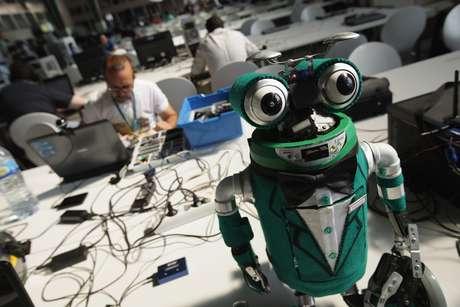 Aunque los humanos siempre serán mejores para ciertas tareas, no hay duda de que los robots serán algo muy común en nuestras vidas durante las próximas décadas. Foto: Getty Images