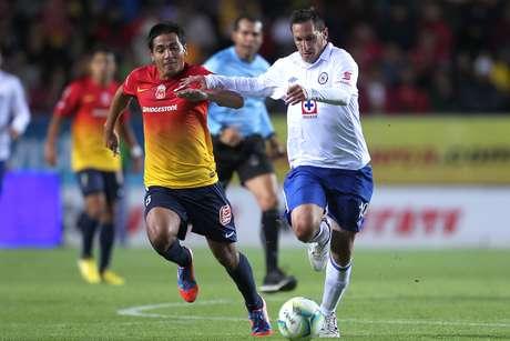 Morelia y Cruz Azul empataron 3-3 en un partido vibrante en el estadio Morelos. Foto: Mexsport