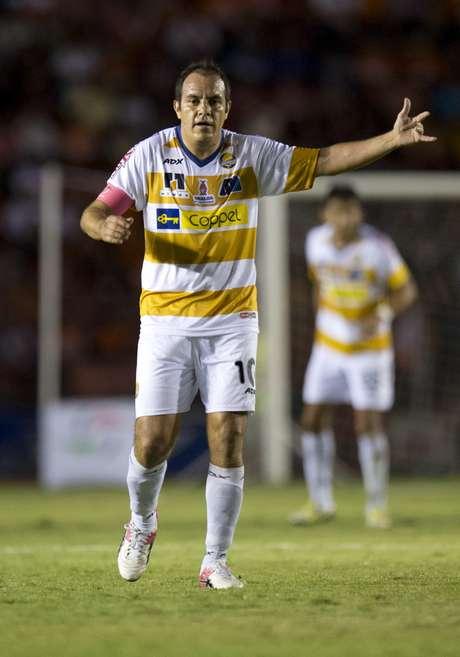 Cuauhtémoc Blanco reconoce la calidad de Lionel Messi. Foto: Mexsport