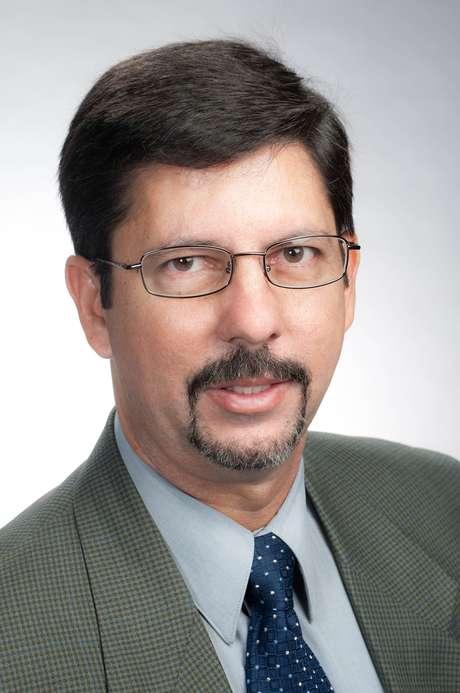 El Dr Rodríguez asegura que no es demasiado tarde para vacunarse Foto: Divulgación