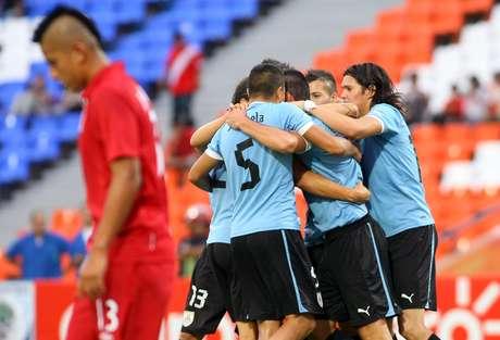 Perú cae 1-3 ante Uruguay en el inicio del hexagona del Sudamericano Foto: EFE en español