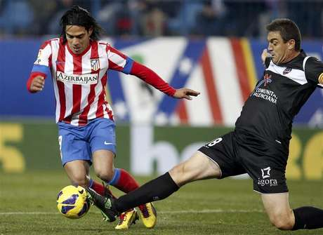 Falcao presentó una lesión el muslo izquierdo tras el duelo ante Levante. Foto: Sergio Perez / Reuters en español