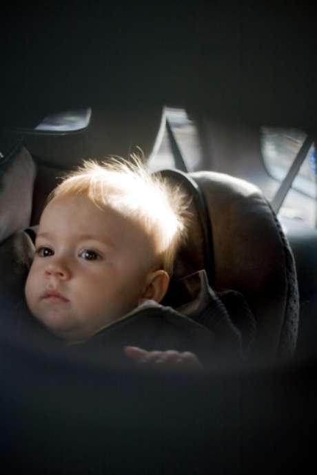 El hombre olvidó al bebé sujeto en el asiento posterior del autotras aparcarlo frente a su oficina. Foto: Getty Images