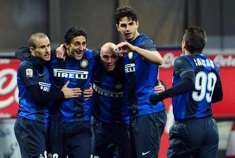 Inter derrotó a Chievo y está a un punto de Lazio en la lucha por los primeros lugares de Serie A. Foto: AFP