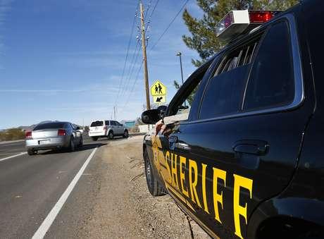 Unaunidad policial patrulla las calles de Maricopa, Arizona. Foto: AP