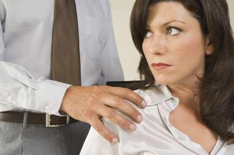 El acoso sexual vertical se considera más grave que el ejercido entre compañeros y/o compañeras de trabajo. Foto: Getty Images