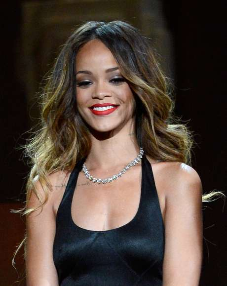 Rihanna es agredida por una fan en Londres Foto: Getty Images