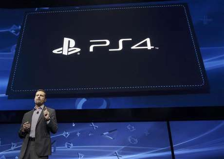 Andrew House, president and Group CEO of Sony Computer Entertainment, speaks during the unveiling of the PlayStation 4 launch event in New York, February 20, 2013. Foto: Brendan McDermid / Reuters