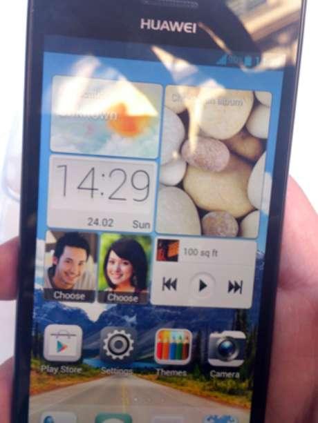 La prensa pudo probar el nuevo P2 de Huawei, que costará $399 euros. Foto: Terra