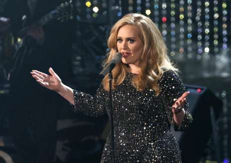 "British singer Adele perfoms the song ""Skyfall"" from film ""Skyfall,"" nominated as best orginal song, at the 85th Academy Awards in Hollywood, California February 24, 2013. Foto: Mario Anzuoni / Reuters"