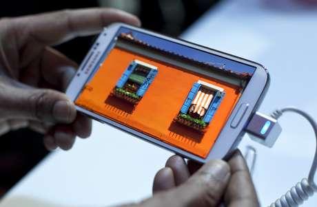 """Samsung lanza su Galaxy S4 con pantalla de 5"""" en Nueva York Foto: Getty Images"""