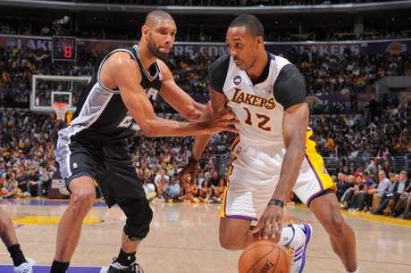 Spurs y Lakers, eliminatoria repleta de recuerdos Foto: Getty Images