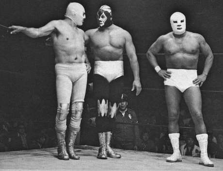 Compartió créditos con otras grandes figuras como Mil Máscaras y Ángel Blanco. Foto: Reproducción
