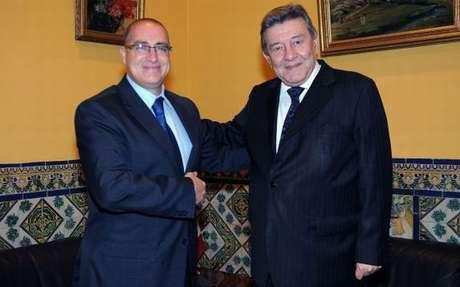El vicecanciller ecuatoriano Marco Albuja y el ministro de RR.EE de Perú Rafael Roncagliolo. Foto: Difusión