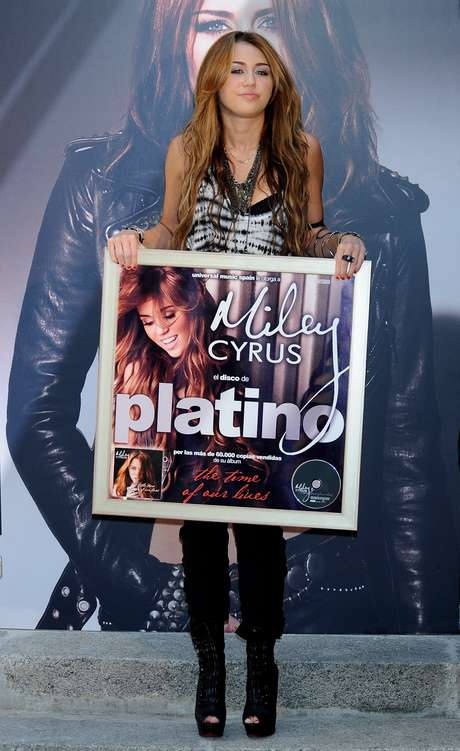 "Debutó en la música con el álbum doble ""Hannah Montana 2 / Meet Miley Cyrus"". Foto: Getty Images"