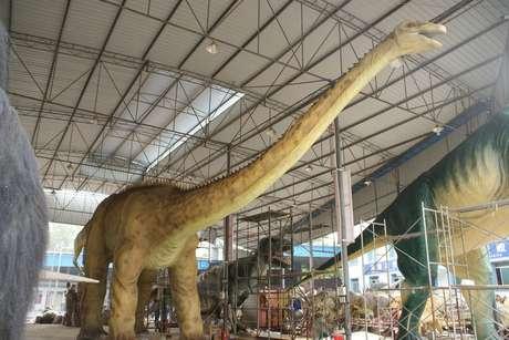 La muestra más grande de dinosaurios promete cautivas a adultos y niños en las vacaciones de invierno Foto: Gentileza