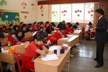 El periodo para la inscripción a preescolar, primer grado de primaria y de secundaria para el ciclo escolar 2014-2015, será del 4 al 17 de febrero del próximo año, mientras que del 16 al 20 de junio se llevará a cabo la semana nacional de evaluación. Foto: Notimex