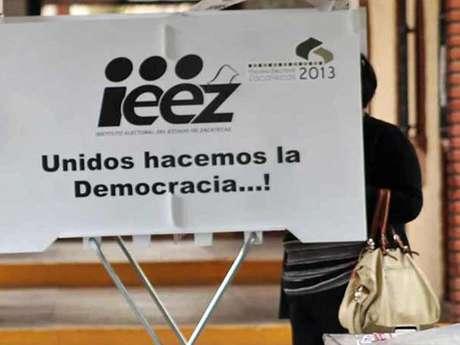 De Luna Tovar obtuvo mil 378 votos, mientras que el candidato de la alianza PRD-PAN logró 921. El PRI quedó en tercer lugar. Foto: Reforma
